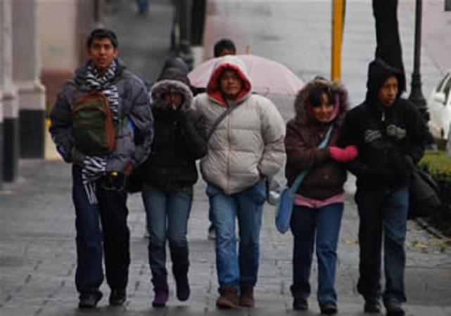 Continuarán los chubascos y el frío en Aguascalientes