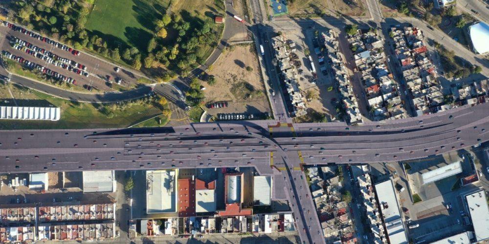 Anuncian cierres viales por inicio de obras de paso a desnivel en Segundo Anillo y Mariano Hidalgo