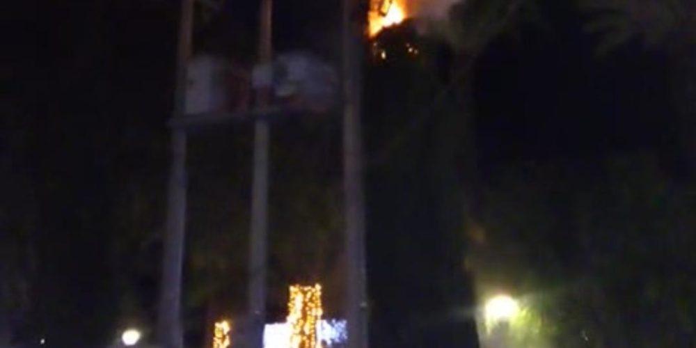 Se registra incendio en Plaza Principal de Jesús María por corto circuito