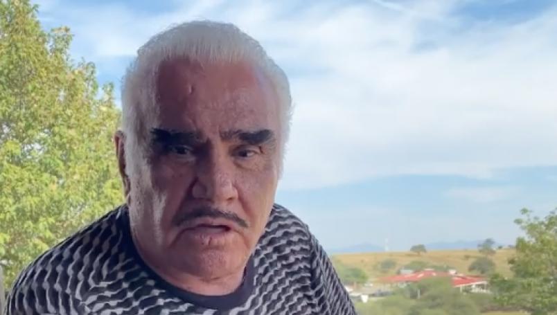 """""""Nada más es ser discreto"""", dice Vicente Fernández sobre infidelidades"""