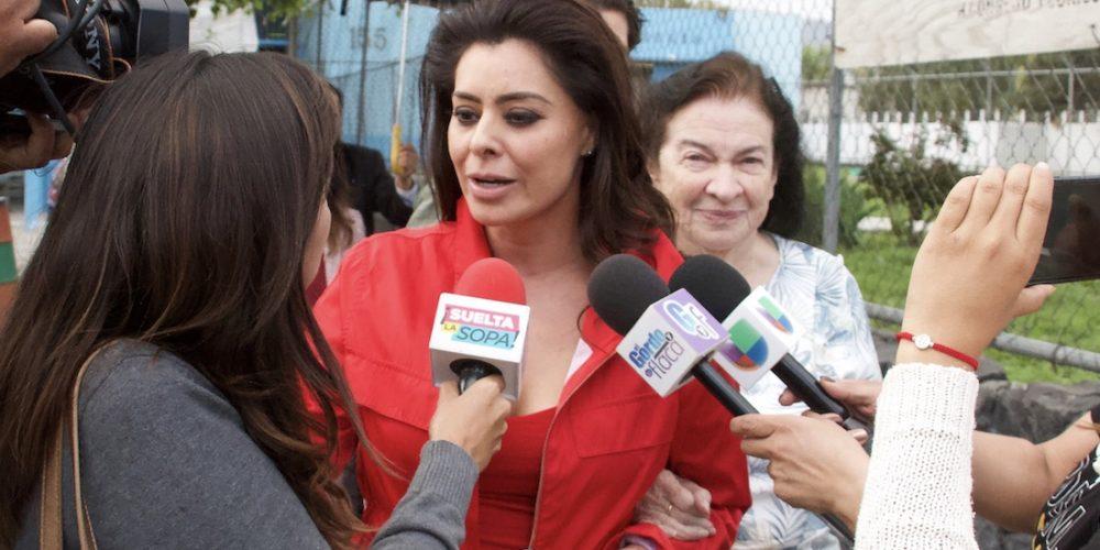 """""""Nos dejaron sin Santa Claus"""", dice Yadhira Carrillo por detención de Juan Collado"""