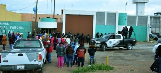 16 muertos y 12 heridos dejó riña tras juego de futbol en penal de Zacatecas
