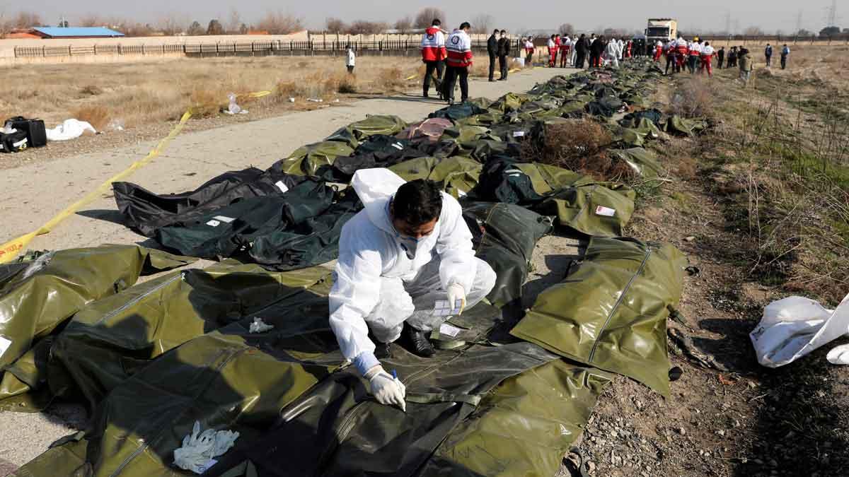 Mueren los 176 pasajeros de un avión que se estrelló en Teherán
