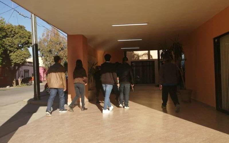 Despiden a maestra fallecida en tiroteo de su alumno en Torreón