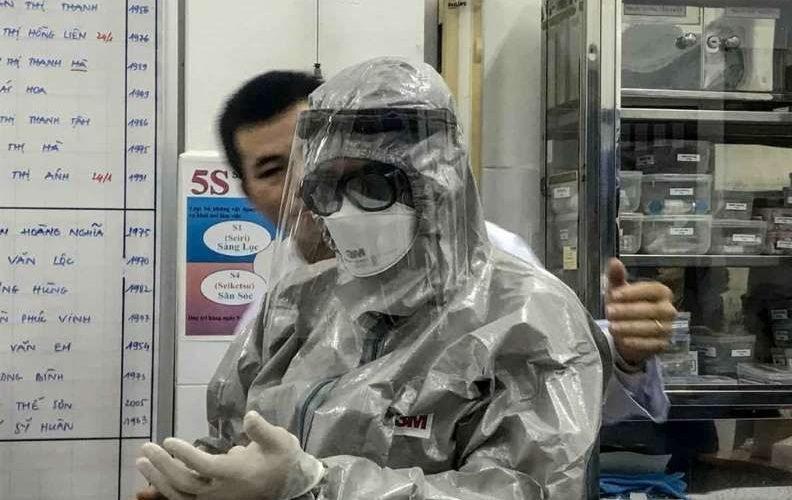 China eleva a 41 la cifra de muertos por coronavirus