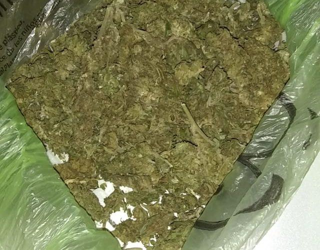 Llevaba en su poder 200 gramos de marihuana y fue detenido en Pabellón de Arteaga