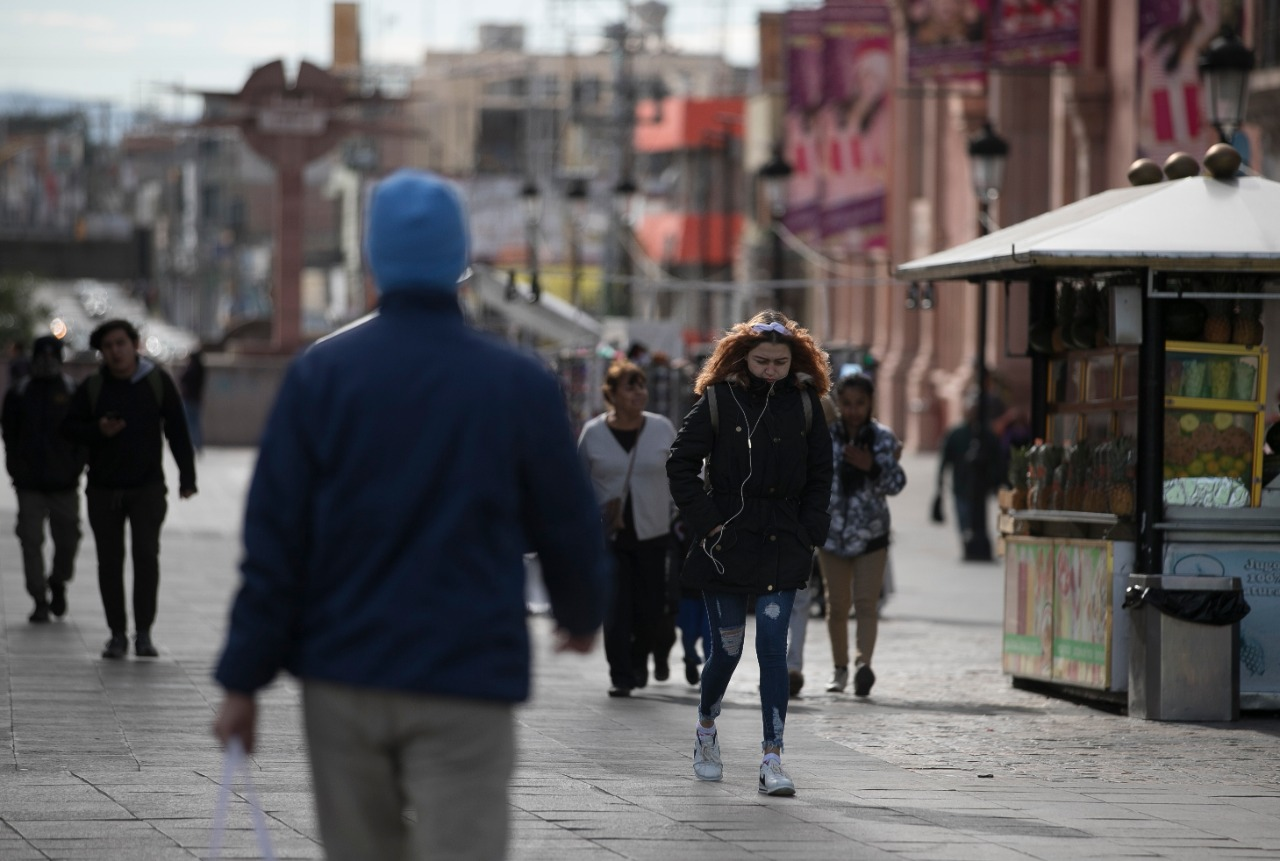 Ordenan reforzar medidas contra el frío en Aguascalientes