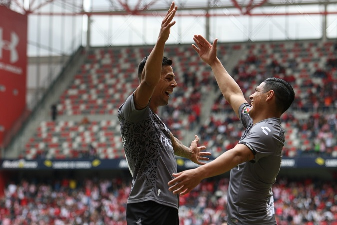 Necaxa debuta con victoria de visitante ante Toluca