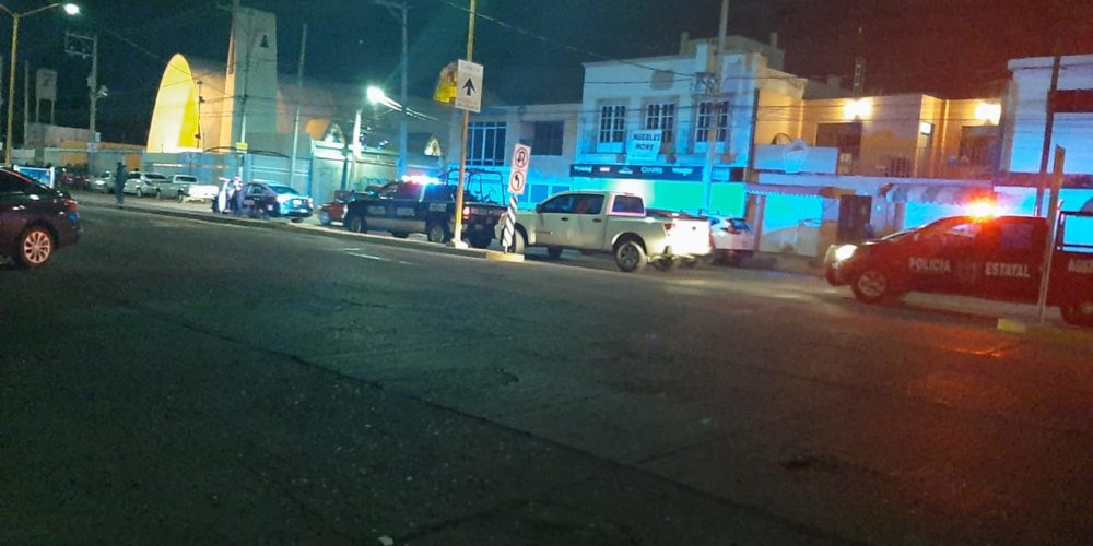 Incidente vial dejó un baleado en Aguascalientes
