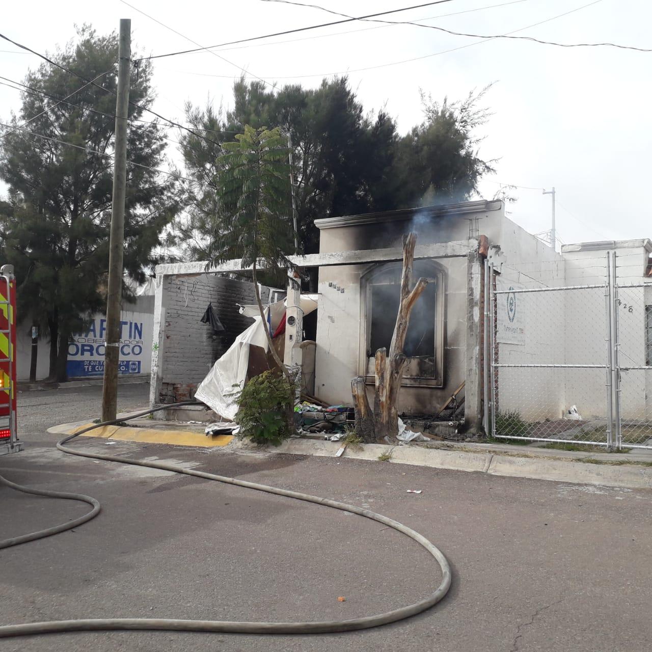 Se registra incendio de casa habitación en Villas de Nuestra Señora de la Asunción