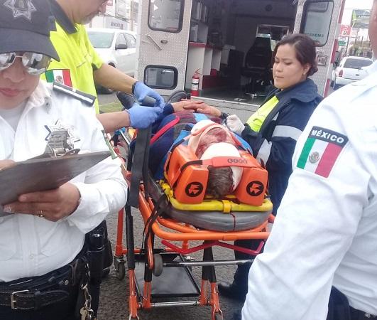 Ciclista se cruzó sin fijarse y fue arrollado en Aguascalientes