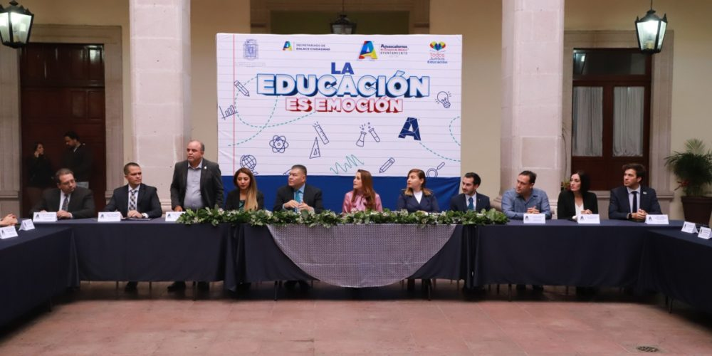 """UAA renueva convenio """"Todos Juntos por la Educación"""""""