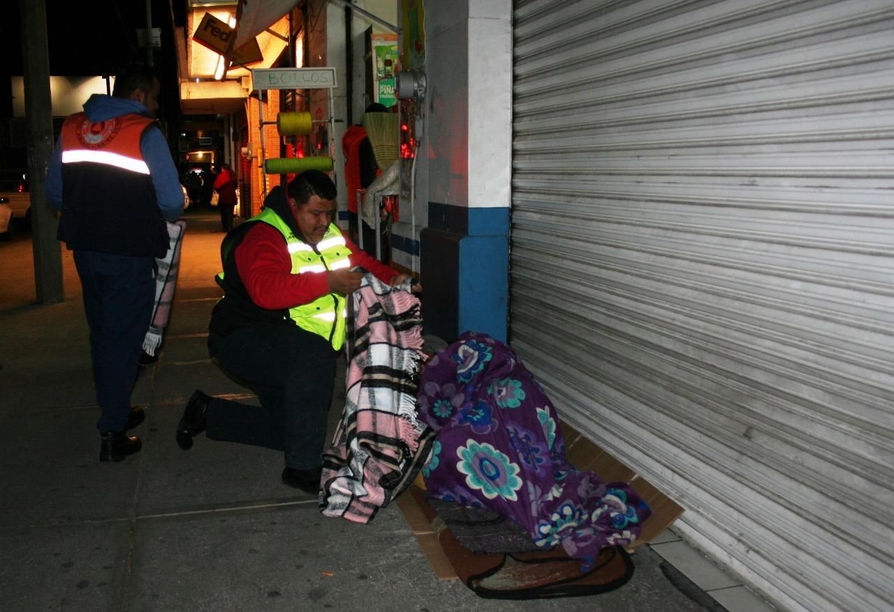 Abren 20 refugios para resguardarse del frío en Aguascalientes