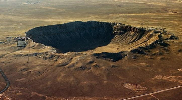 Descubren cráter de meteorito que impactó en la Tierra hace 800 mil años