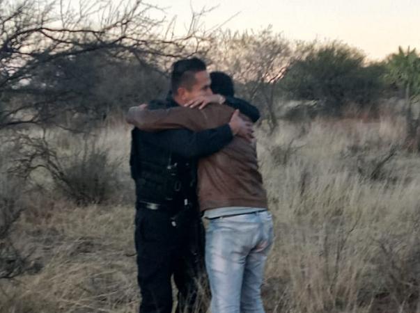 Policías salvan del suicidio a adolescente en Aguascalientes