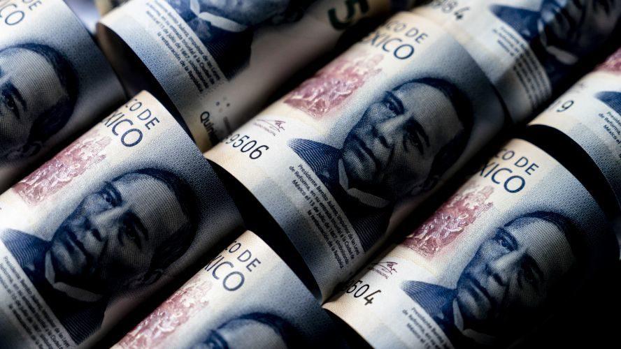 Gobierno de AMLO contrata más deuda