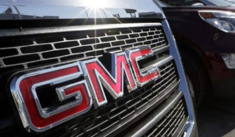 Se desploman ventas de GM por modelos de autos discontinuados