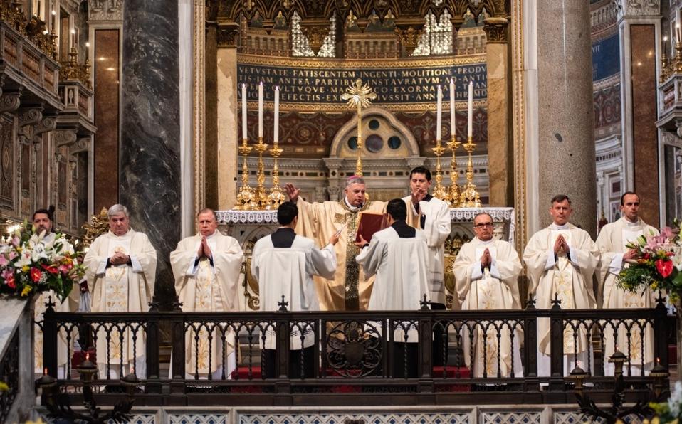 Denuncian a Legionarios de Cristo por lavado de dinero