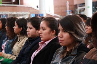 IEA lanza becas universitarias al 100