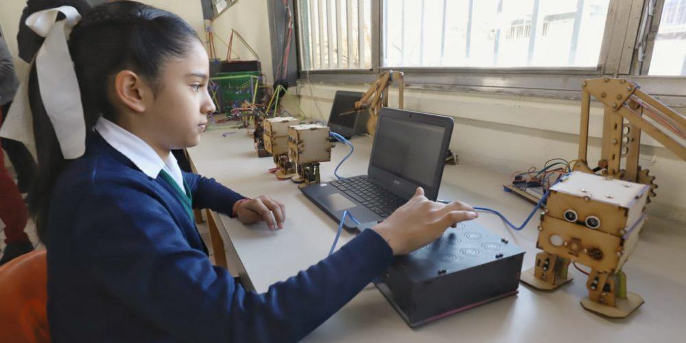 En Aguascalientes niñas y niños aprenderán robótica desde primaria