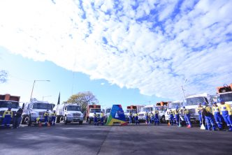 Tere Jiménez entrega 20 nuevos camiones recolectores de basura