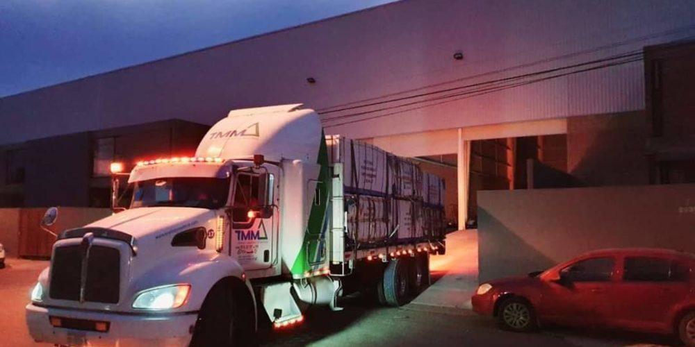 Sujetos armados asaltan un tráiler en la Autopista León – Aguascalientes