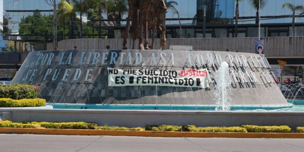 Exigen que se califique muerte de mujer como feminicidio en lugar de suicidio en Aguascalientes