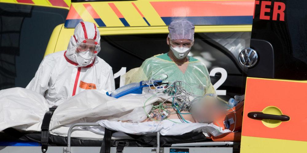En 24 horas, mueren 683 personas en Italia por coronavirus