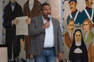 """""""Varios"""" ex funcionarios del Inagua son investigados : Gómez"""