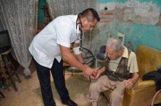 Llama DIF municipal a reforzar cuidados en adultos mayores