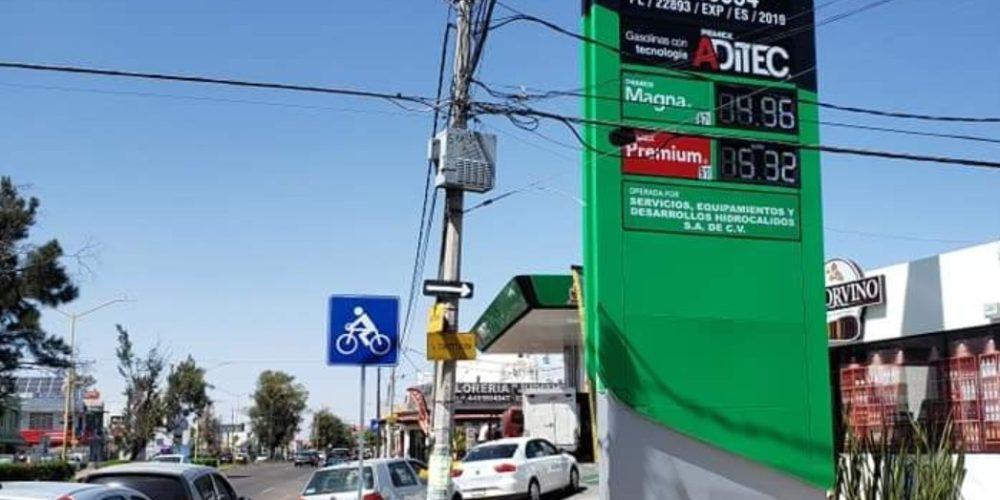 Baja en gasolinas alcanza récord en Aguascalientes
