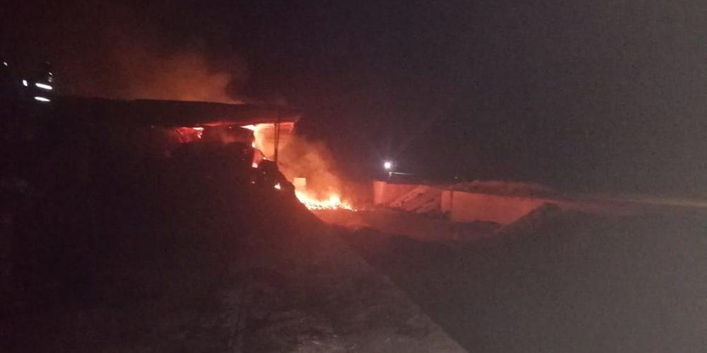 Bomberos sofocan incendio de rastrojo en rancho de Aguascalientes