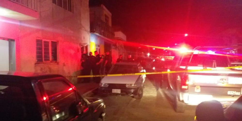 Drogado sujeto incendia su casa en Aguascalientes