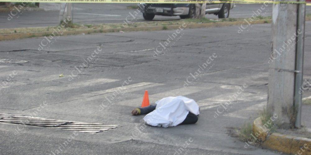 En Aguascalientes: Quisieron asaltar a un policía, 1 acabó muerto, 2 huyeron