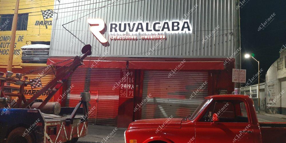 Balean fachada de Refaccionaria Ruvalcaba