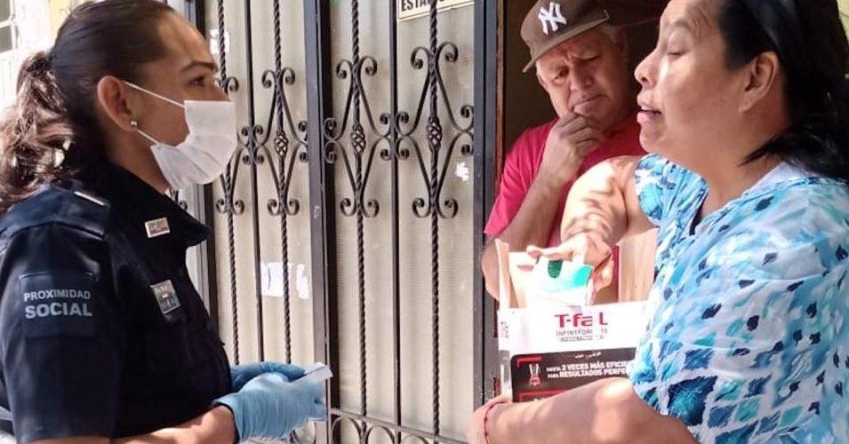 Policías llevan medicamentos a familias de Aguascalientes