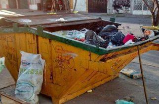 Advierten de puntos infecciones de basura alrededor de contenedores en Aguascalientes