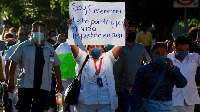 Llama ONU México a respetar al personal médico