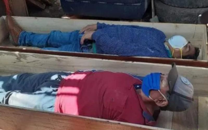 (Video)Alcalde viola cuarentena para ir a beber; finge su muerte para no ser arrestado