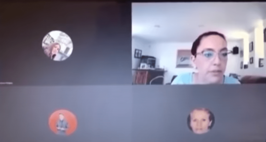 (Video) Maestra insulta a sus alumnos al creer que había terminado la videollamada