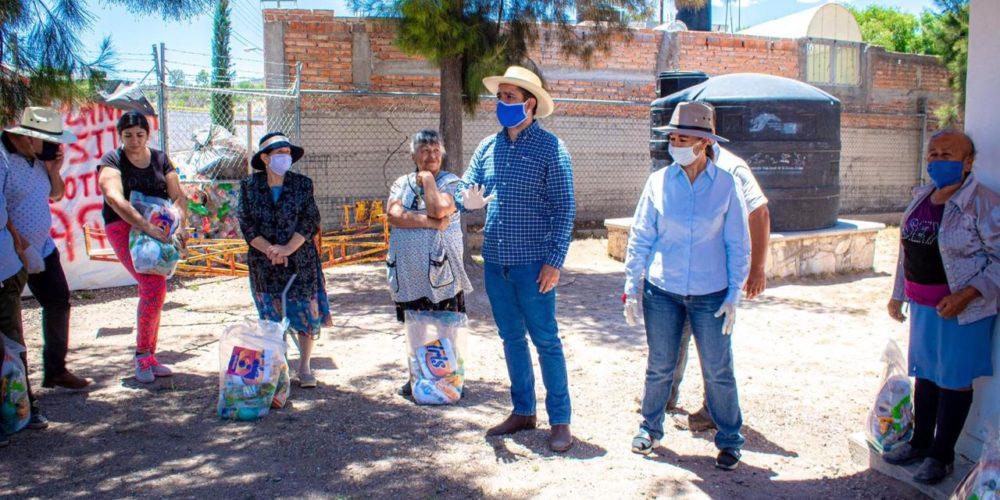 Chuy Prieto llama a la solidaridad de los habitantes de Rincón de Romos
