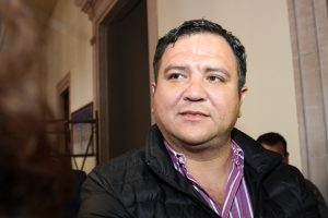Regidora del PRI critica desatenciones de titular de Ccapama