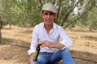 """Arturo Macías """"El Cejas"""" presentó su aceite de oliva"""