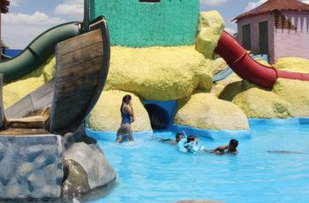 Sin regaderas ni vestidores abrirán balnearios de Aguascalientes
