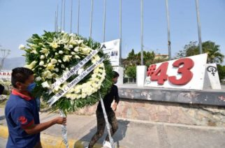 La FGR reporta el hallazgo de los restos de un normalista de Ayotzinapa