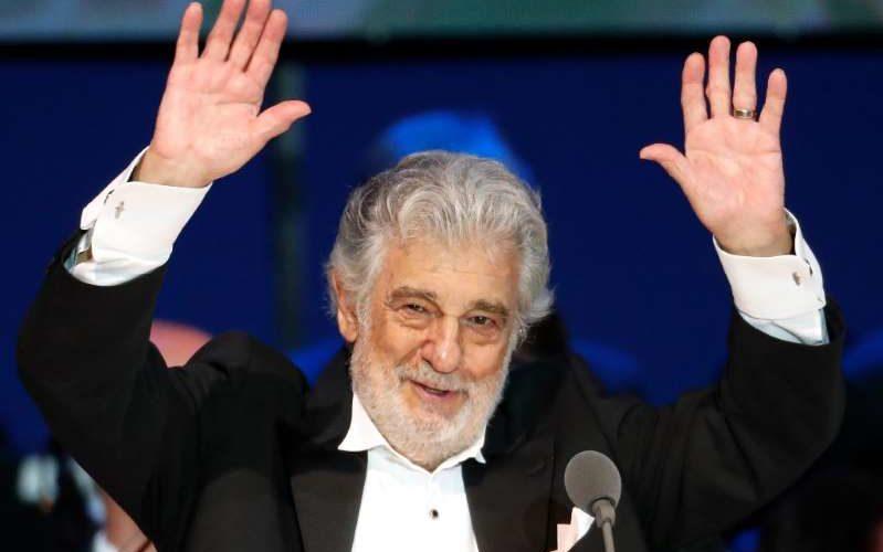 Reaparece Plácido Domingo tras recuperarse de Covid-19