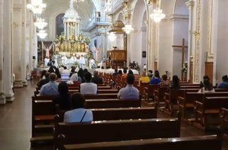 La gente tiene miedo de contagiarse en misa, pero no en antros en Aguascalientes