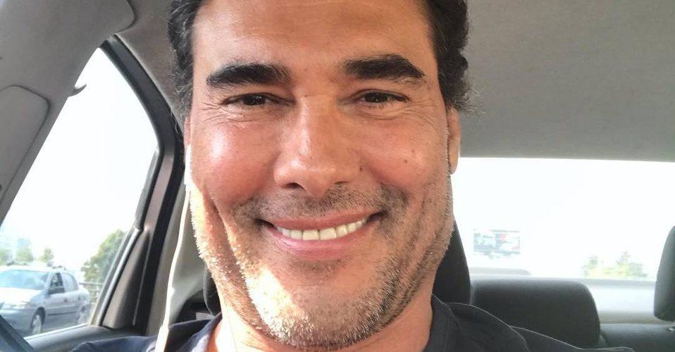 Eduardo Yáñez vuelve a agredir a reportero