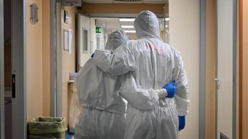 Han fallecido 1,884 miembros del personal de salud por Covid-19 en México