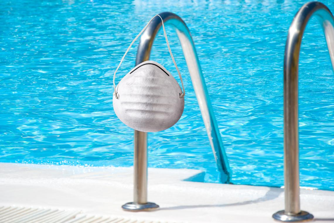 Expertos señalan cómo cuidar de la salud en piscinas